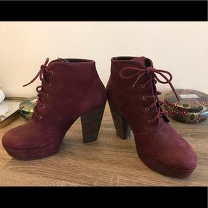 Steve Madden Raspy Lace Up Suede Boots